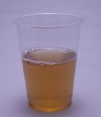 午後の紅茶 アップル・ヌーヴォー スパークリングの色(2012/01現在)