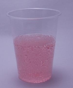 ハタ鉱泉 瓶ラムネ イチゴ味の色(2012/02現在)